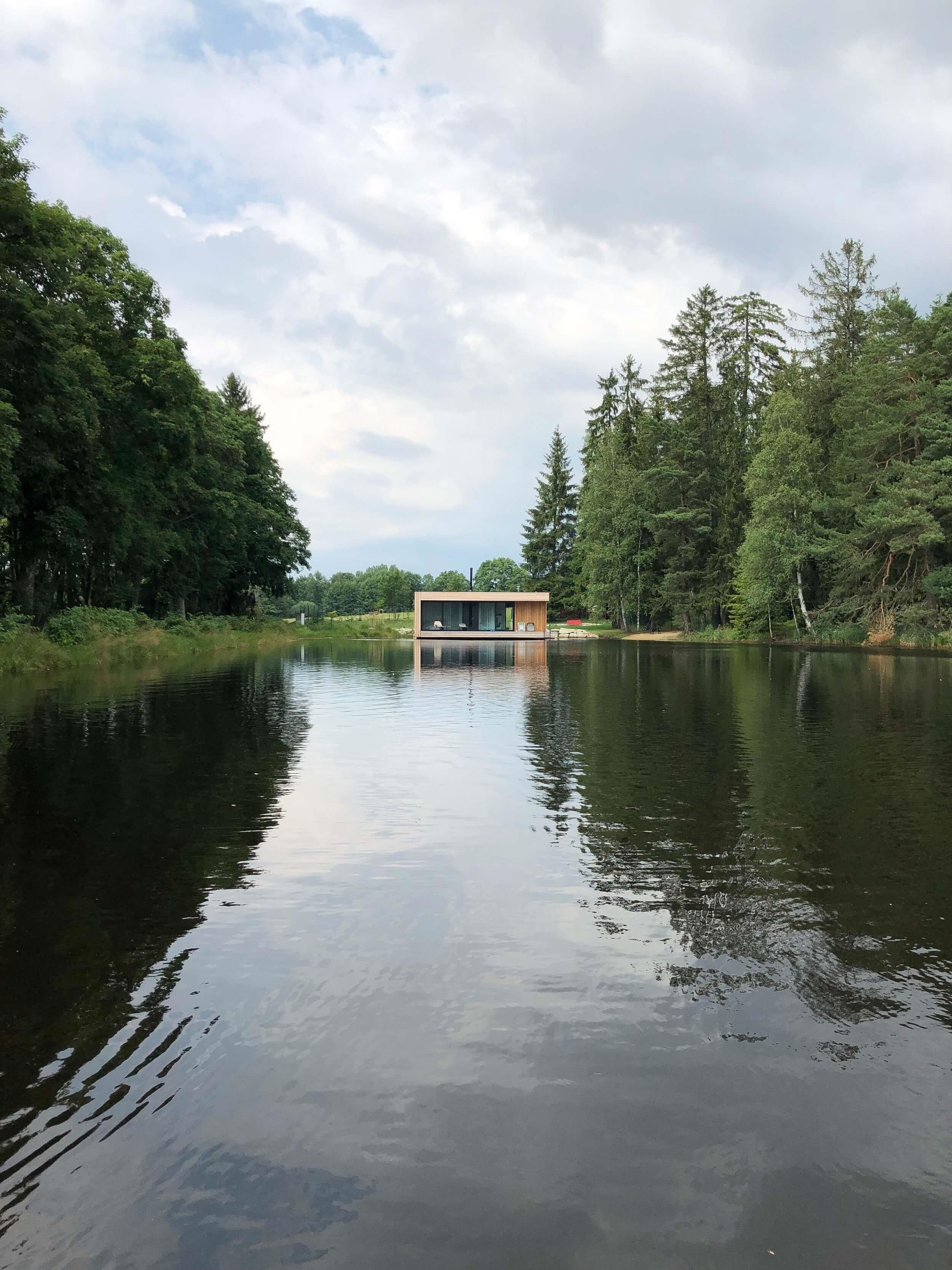 plávajúci víkendový dom cz
